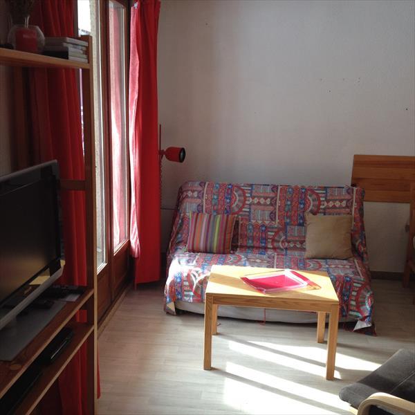 Appartement - Aiguilles - T2 coin montagne avec terrasse. Exclusivité