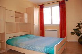 Appartement - SAVINES LE LAC - T2 2/4 COUCHAGES DANS CHALET VUE LAC