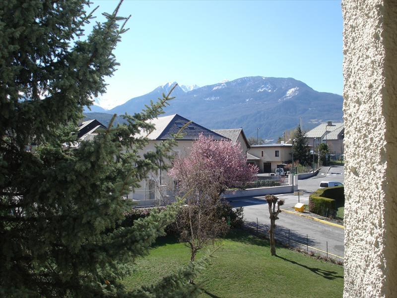 Appartement - EMBRUN - T4 Proche centre avec garage