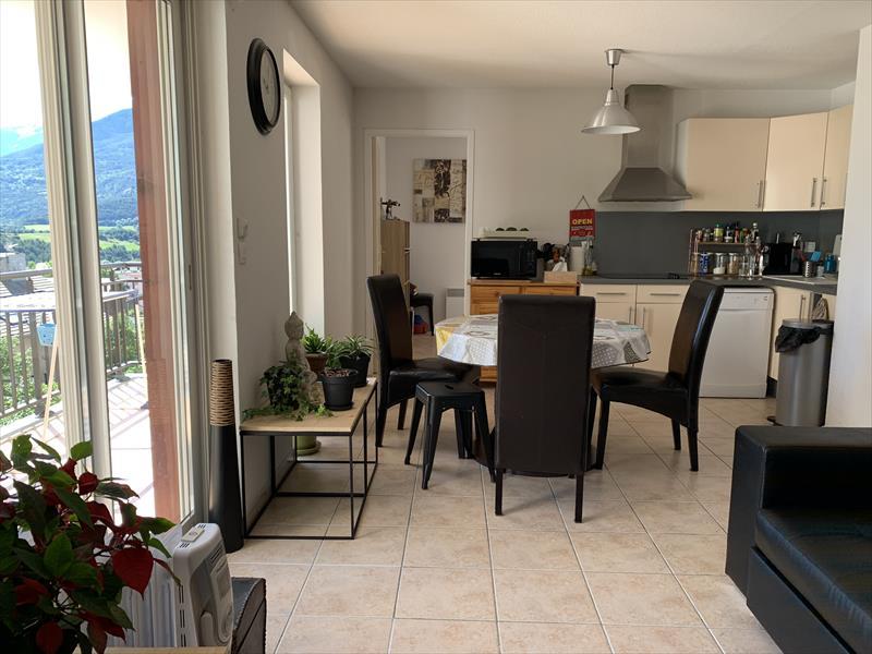 Appartement - EMBRUN - APP.T4  PROCHE CENTRE / grand GARAGE / 2 TERRASSES