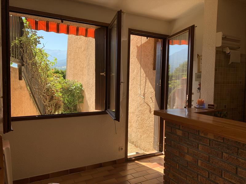 Appartement - EMBRUN - STUDIO Rez de jardin / 4 couchages