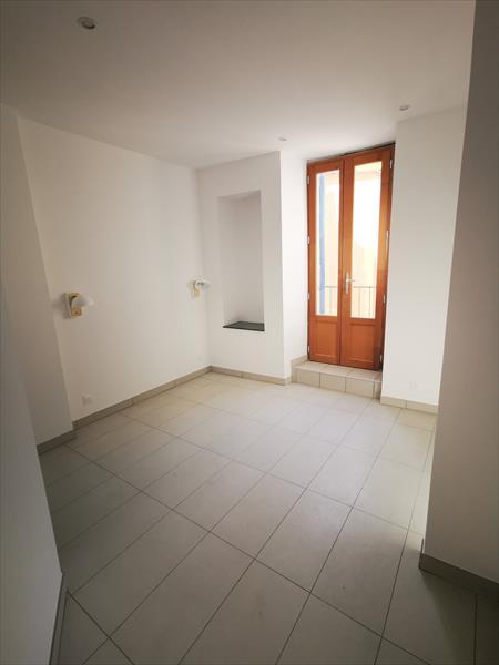 Appartement - Embrun - T2 rénové cœur de centre ville