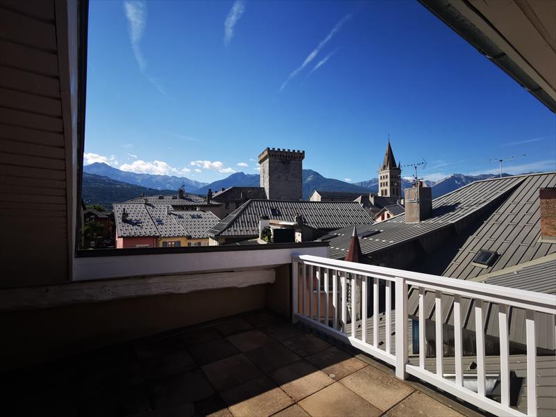 Appartement - Embrun - Joli T2 avec terrasse en centre-ville